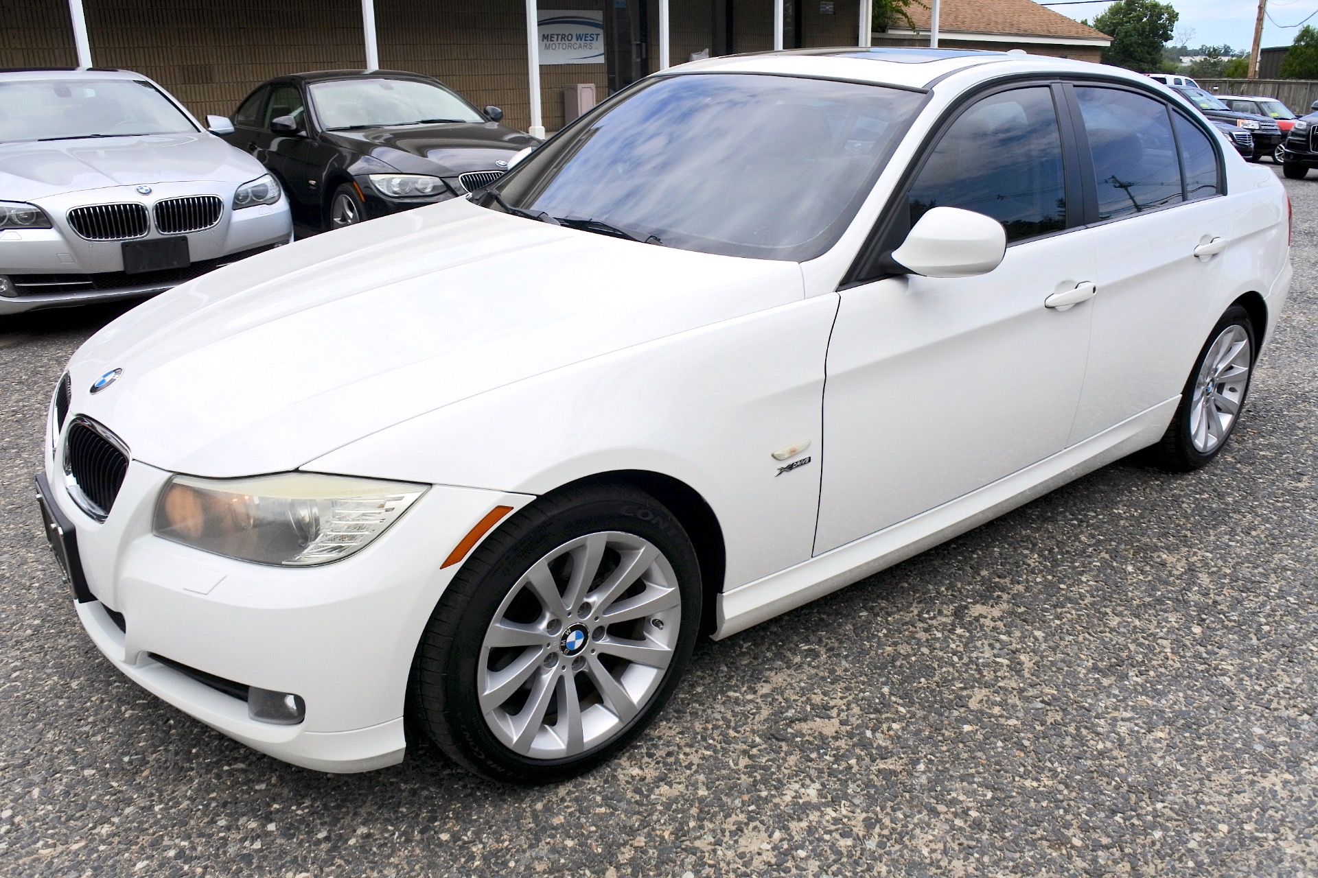 Used 2011 BMW 3 Series 4dr Sdn 328i xDrive AWD SULEV Used 2011 BMW 3 Series 4dr Sdn 328i xDrive AWD SULEV for sale  at Metro West Motorcars LLC in Shrewsbury MA 1