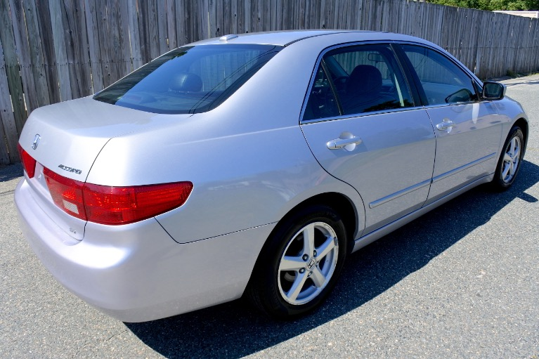 Used 2005 Honda Accord Sdn EX-L Used 2005 Honda Accord Sdn EX-L for sale  at Metro West Motorcars LLC in Shrewsbury MA 5