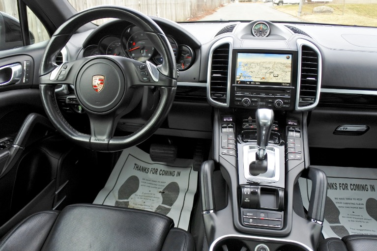 Used 2014 Porsche Cayenne AWD Used 2014 Porsche Cayenne AWD for sale  at Metro West Motorcars LLC in Shrewsbury MA 10