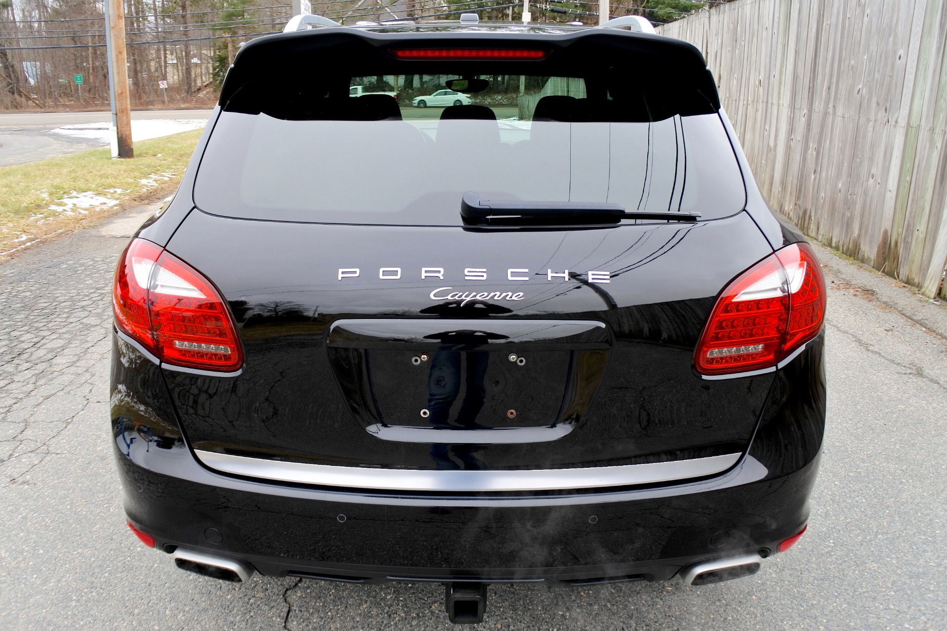 Used 2014 Porsche Cayenne AWD Used 2014 Porsche Cayenne AWD for sale  at Metro West Motorcars LLC in Shrewsbury MA 4