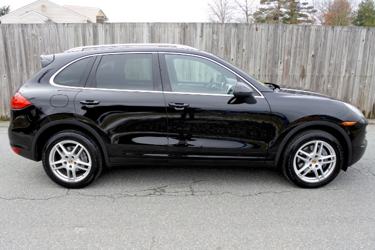 Used 2014 Porsche Cayenne AWD Used 2014 Porsche Cayenne AWD for sale  at Metro West Motorcars LLC in Shrewsbury MA 6