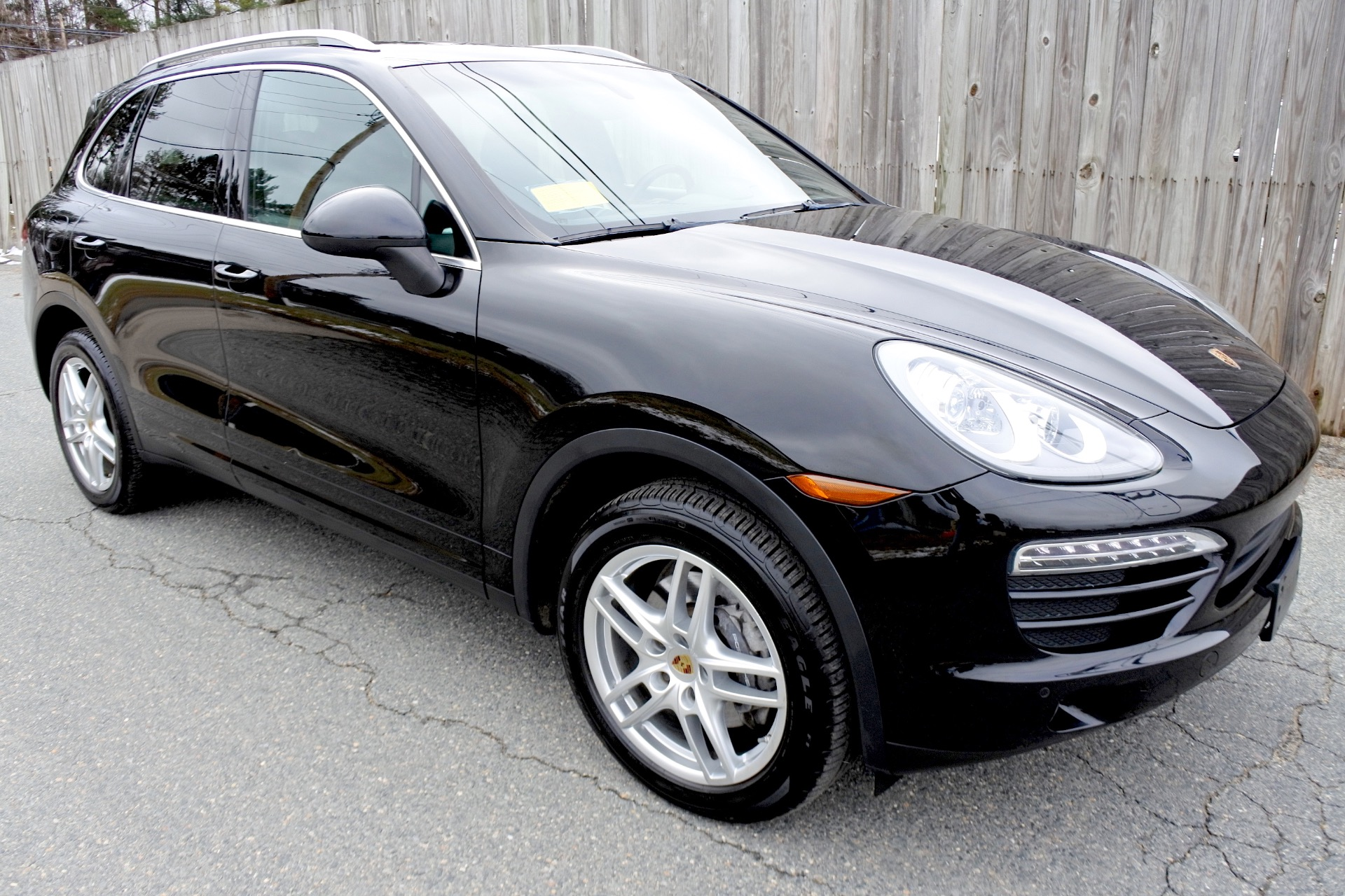 Used 2014 Porsche Cayenne AWD Used 2014 Porsche Cayenne AWD for sale  at Metro West Motorcars LLC in Shrewsbury MA 7