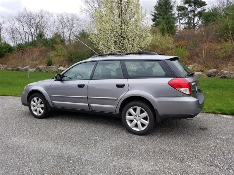 Used 2009 Subaru Outback 2.5i Special Edition Used 2009 Subaru Outback 2.5i Special Edition for sale  at Metro West Motorcars LLC in Shrewsbury MA 3