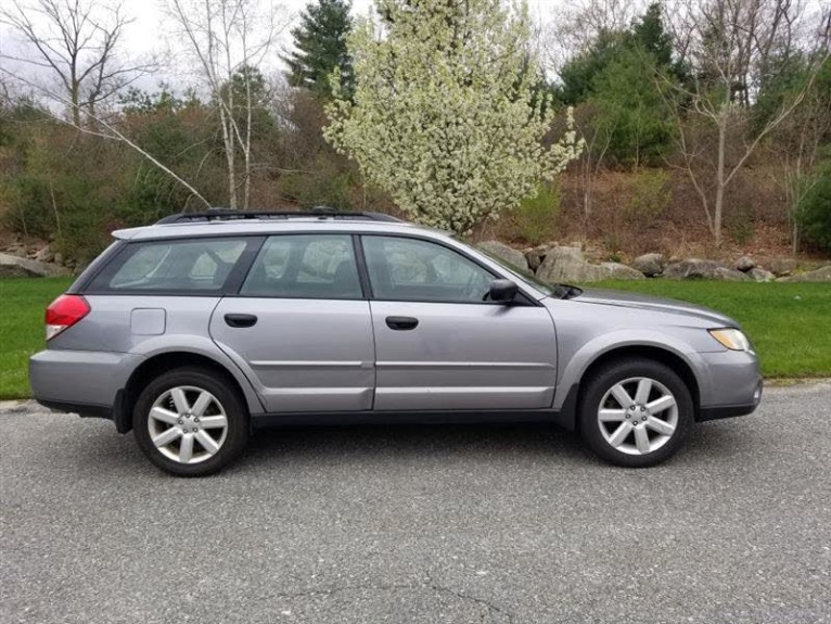 Used 2009 Subaru Outback 2.5i Special Edition Used 2009 Subaru Outback 2.5i Special Edition for sale  at Metro West Motorcars LLC in Shrewsbury MA 5
