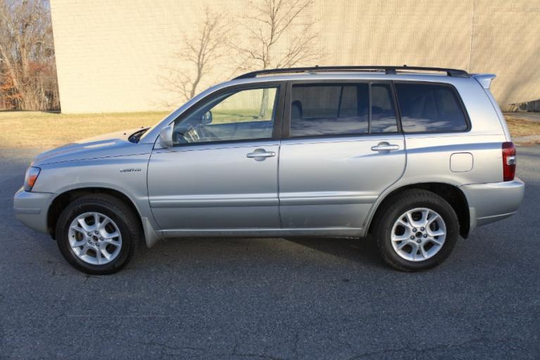 Used 2006 Toyota Highlander 4dr V6 4WD Limited w/3rd Row (Natl) Used 2006 Toyota Highlander 4dr V6 4WD Limited w/3rd Row (Natl) for sale  at Metro West Motorcars LLC in Shrewsbury MA 2