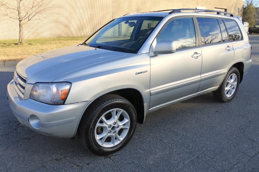 Used 2006 Toyota Highlander 4dr V6 4WD Limited w/3rd Row (Natl) Used 2006 Toyota Highlander 4dr V6 4WD Limited w/3rd Row (Natl) for sale  at Metro West Motorcars LLC in Shrewsbury MA 1