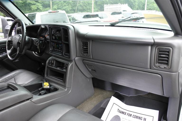 Used 2006 Chevrolet Silverado 2500hd Crew Cab 153' WB 4WD LT3 Used 2006 Chevrolet Silverado 2500hd Crew Cab 153' WB 4WD LT3 for sale  at Metro West Motorcars LLC in Shrewsbury MA 15