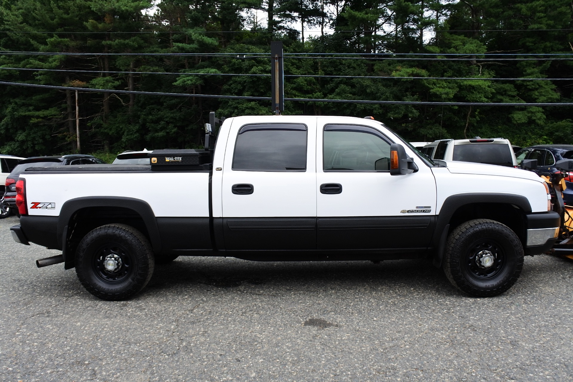 Used 2006 Chevrolet Silverado 2500hd Crew Cab 153' WB 4WD LT3 Used 2006 Chevrolet Silverado 2500hd Crew Cab 153' WB 4WD LT3 for sale  at Metro West Motorcars LLC in Shrewsbury MA 6