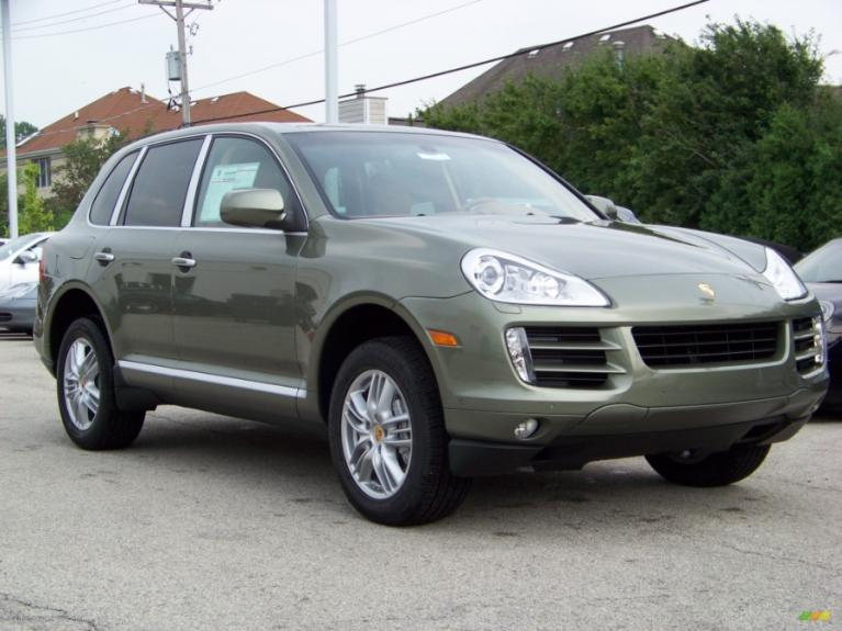 Used 2008 Porsche Cayenne S AWD Used 2008 Porsche Cayenne S AWD for sale  at Metro West Motorcars LLC in Shrewsbury MA 4