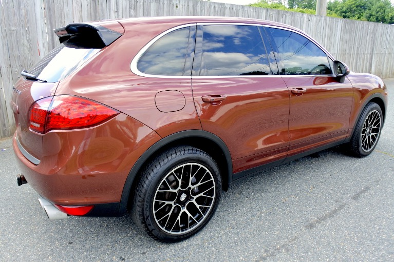 Used 2011 Porsche Cayenne AWD Used 2011 Porsche Cayenne AWD for sale  at Metro West Motorcars LLC in Shrewsbury MA 5