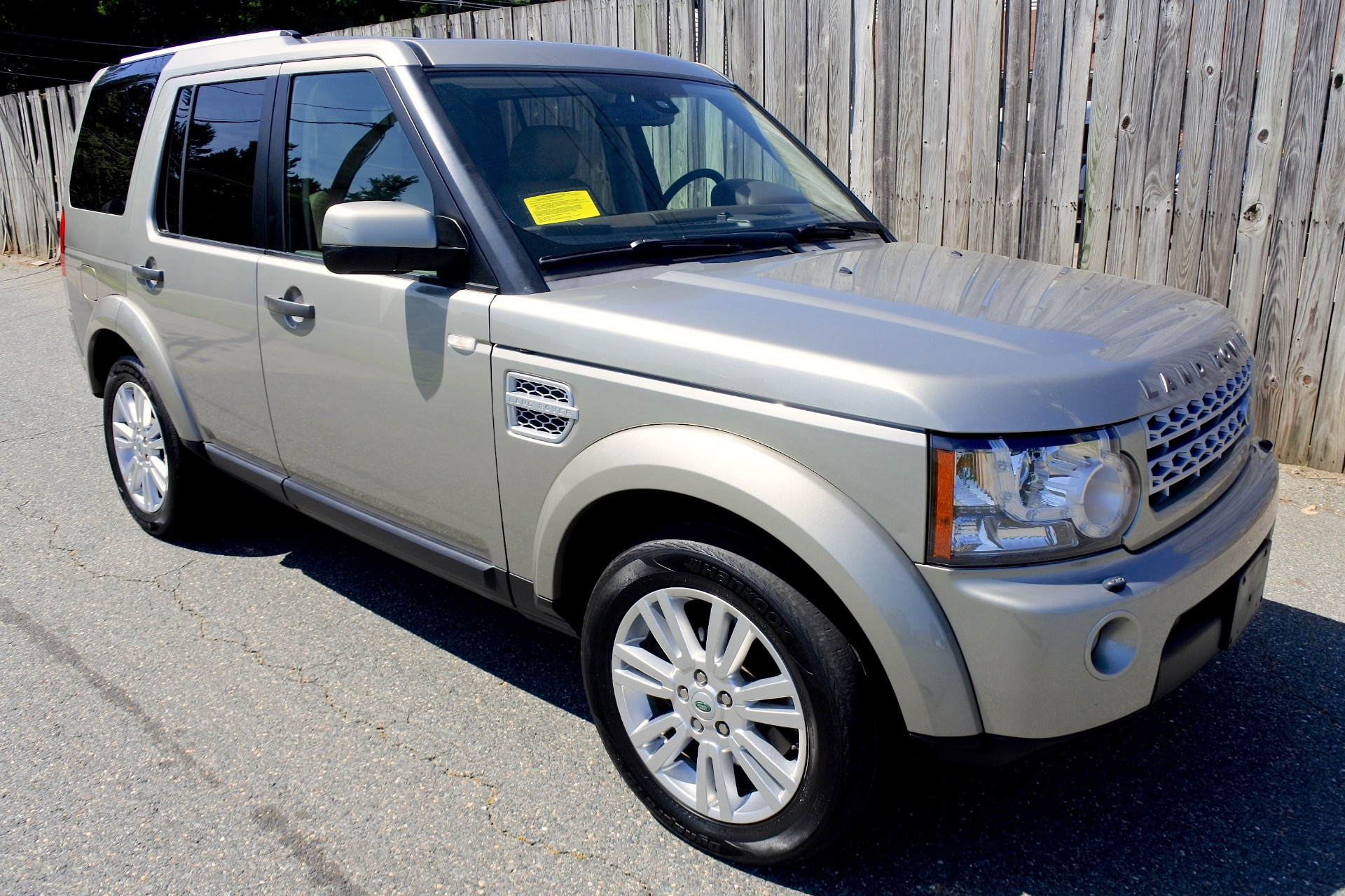 Used 2011 Land Rover Lr4 4WD 4dr V8 HSE Used 2011 Land Rover Lr4 4WD 4dr V8 HSE for sale  at Metro West Motorcars LLC in Shrewsbury MA 7