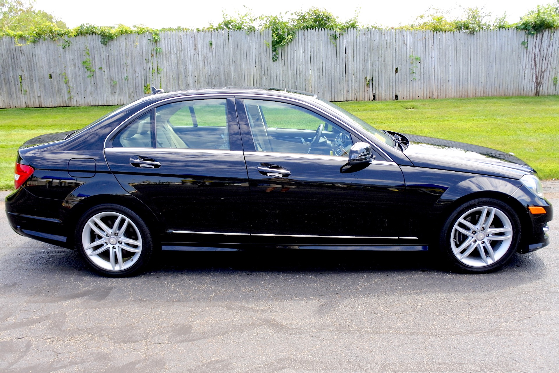 Used 2012 Mercedes-Benz C-class 4dr Sdn C300 Sport 4MATIC Used 2012 Mercedes-Benz C-class 4dr Sdn C300 Sport 4MATIC for sale  at Metro West Motorcars LLC in Shrewsbury MA 6