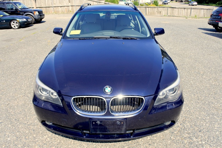 Used 2006 BMW 5 Series 530xi 4dr Sports Wgn AWD Used 2006 BMW 5 Series 530xi 4dr Sports Wgn AWD for sale  at Metro West Motorcars LLC in Shrewsbury MA 8
