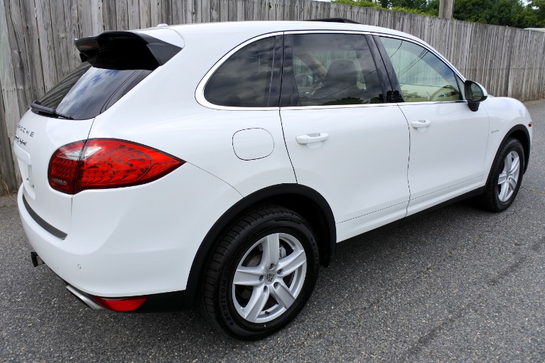Used 2012 Porsche Cayenne AWD 4dr S Hybrid Used 2012 Porsche Cayenne AWD 4dr S Hybrid for sale  at Metro West Motorcars LLC in Shrewsbury MA 5