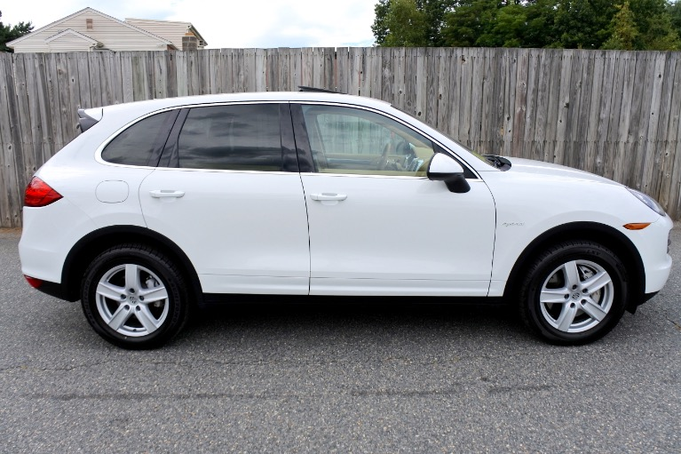 Used 2012 Porsche Cayenne AWD 4dr S Hybrid Used 2012 Porsche Cayenne AWD 4dr S Hybrid for sale  at Metro West Motorcars LLC in Shrewsbury MA 6