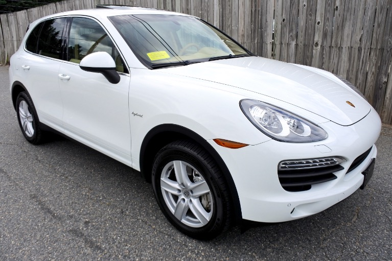 Used 2012 Porsche Cayenne AWD 4dr S Hybrid Used 2012 Porsche Cayenne AWD 4dr S Hybrid for sale  at Metro West Motorcars LLC in Shrewsbury MA 7
