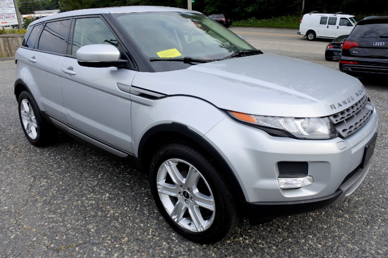 Used 2013 Land Rover Range Rover Evoque 5dr HB Pure Plus Used 2013 Land Rover Range Rover Evoque 5dr HB Pure Plus for sale  at Metro West Motorcars LLC in Shrewsbury MA 7
