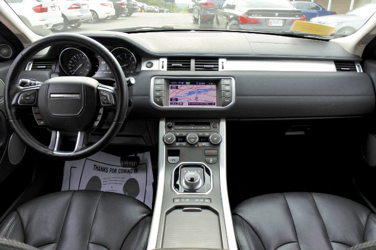 Used 2013 Land Rover Range Rover Evoque 5dr HB Pure Plus Used 2013 Land Rover Range Rover Evoque 5dr HB Pure Plus for sale  at Metro West Motorcars LLC in Shrewsbury MA 9