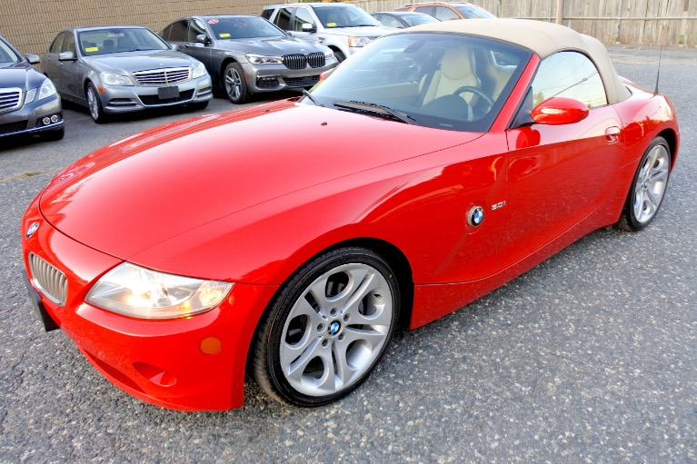 Used 2005 BMW Z4 Z4 2dr Roadster 3.0i Used 2005 BMW Z4 Z4 2dr Roadster 3.0i for sale  at Metro West Motorcars LLC in Shrewsbury MA 17