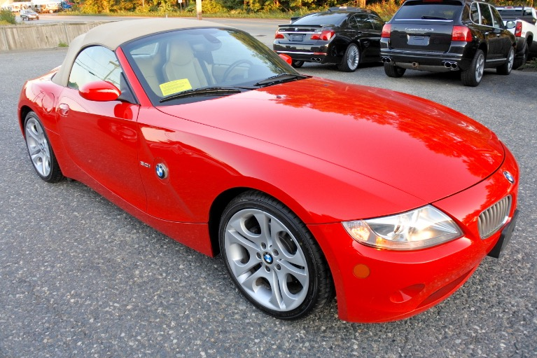 Used 2005 BMW Z4 Z4 2dr Roadster 3.0i Used 2005 BMW Z4 Z4 2dr Roadster 3.0i for sale  at Metro West Motorcars LLC in Shrewsbury MA 20