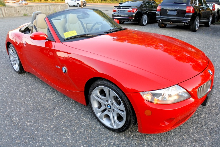 Used 2005 BMW Z4 Z4 2dr Roadster 3.0i Used 2005 BMW Z4 Z4 2dr Roadster 3.0i for sale  at Metro West Motorcars LLC in Shrewsbury MA 7