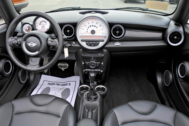Used 2014 Mini Cooper s Convertible S Used 2014 Mini Cooper s Convertible S for sale  at Metro West Motorcars LLC in Shrewsbury MA 9
