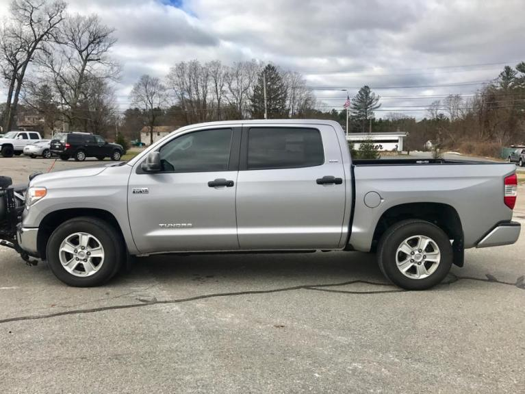 Used 2016 Toyota Tundra 4wd Truck CrewMax Used 2016 Toyota Tundra 4wd Truck CrewMax for sale  at Metro West Motorcars LLC in Shrewsbury MA 2