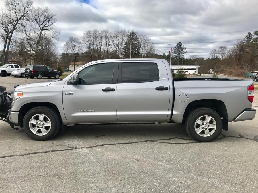 Used 2016 Toyota Tundra 4WD Truck CrewMax 5.7L V8 6-Spd AT SR5 (Natl) Used 2016 Toyota Tundra 4WD Truck CrewMax 5.7L V8 6-Spd AT SR5 (Natl) for sale  at Metro West Motorcars LLC in Shrewsbury MA 2