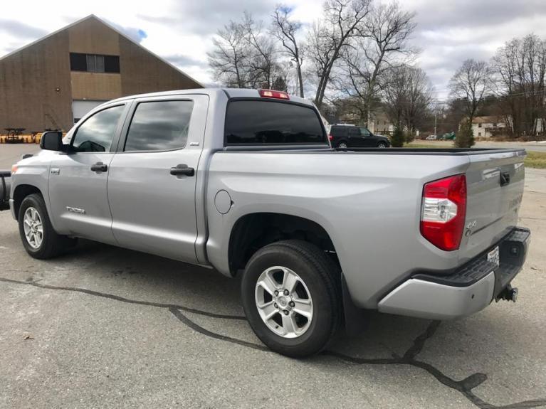 Used 2016 Toyota Tundra 4wd Truck CrewMax Used 2016 Toyota Tundra 4wd Truck CrewMax for sale  at Metro West Motorcars LLC in Shrewsbury MA 3