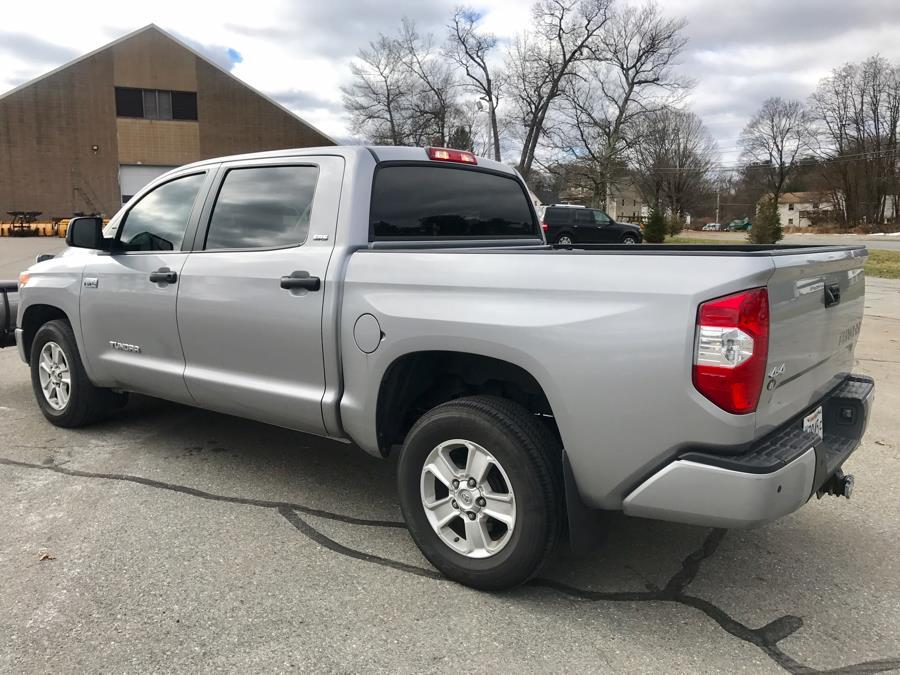Used 2016 Toyota Tundra 4WD Truck CrewMax 5.7L V8 6-Spd AT SR5 (Natl) Used 2016 Toyota Tundra 4WD Truck CrewMax 5.7L V8 6-Spd AT SR5 (Natl) for sale  at Metro West Motorcars LLC in Shrewsbury MA 3