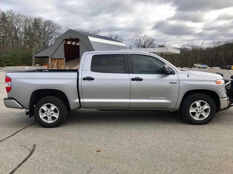 Used 2016 Toyota Tundra 4wd Truck CrewMax Used 2016 Toyota Tundra 4wd Truck CrewMax for sale  at Metro West Motorcars LLC in Shrewsbury MA 5
