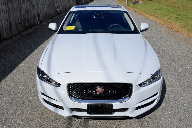 Used 2017 Jaguar Xe 35t First Edition AWD Used 2017 Jaguar Xe 35t First Edition AWD for sale  at Metro West Motorcars LLC in Shrewsbury MA 8