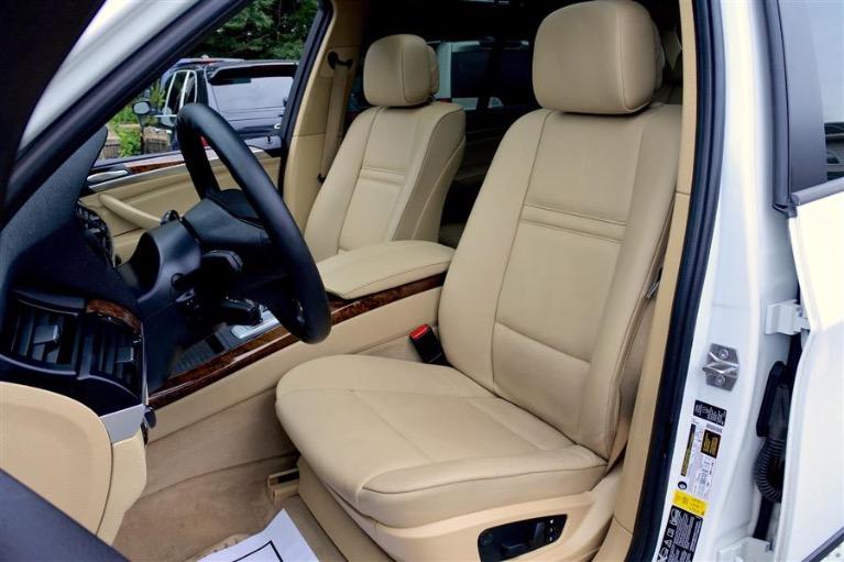Used 2013 BMW X5 AWD 4dr xDrive35i Premium Used 2013 BMW X5 AWD 4dr xDrive35i Premium for sale  at Metro West Motorcars LLC in Shrewsbury MA 14