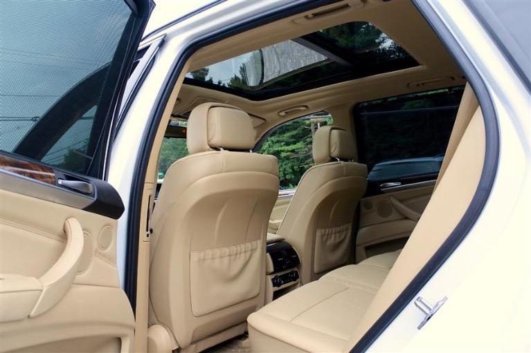 Used 2013 BMW X5 AWD 4dr xDrive35i Premium Used 2013 BMW X5 AWD 4dr xDrive35i Premium for sale  at Metro West Motorcars LLC in Shrewsbury MA 15