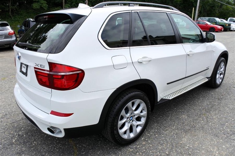 Used 2013 BMW X5 AWD 4dr xDrive35i Premium Used 2013 BMW X5 AWD 4dr xDrive35i Premium for sale  at Metro West Motorcars LLC in Shrewsbury MA 5