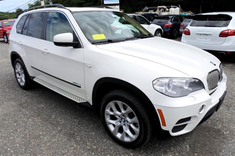 Used 2013 BMW X5 AWD 4dr xDrive35i Premium Used 2013 BMW X5 AWD 4dr xDrive35i Premium for sale  at Metro West Motorcars LLC in Shrewsbury MA 7