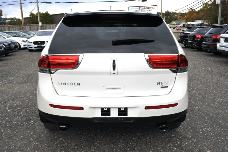 Used 2014 Lincoln Mkx AWD 4dr Used 2014 Lincoln Mkx AWD 4dr for sale  at Metro West Motorcars LLC in Shrewsbury MA 5