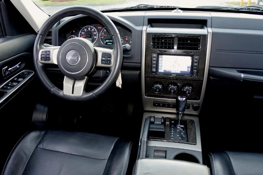 Used 2012 Jeep Liberty 4WD 4dr Limited Jet Used 2012 Jeep Liberty 4WD 4dr Limited Jet for sale  at Metro West Motorcars LLC in Shrewsbury MA 9