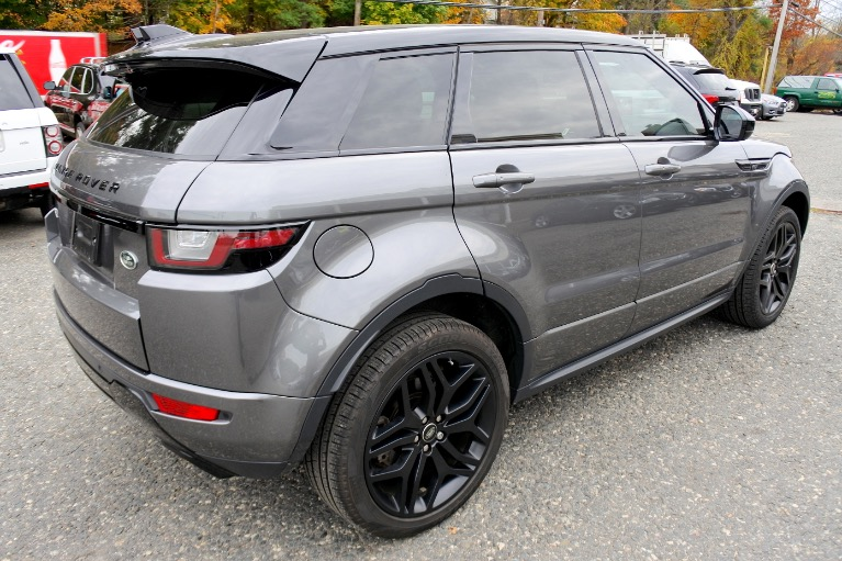 Used 2017 Land Rover Range Rover Evoque HSE Dynamic Used 2017 Land Rover Range Rover Evoque HSE Dynamic for sale  at Metro West Motorcars LLC in Shrewsbury MA 5
