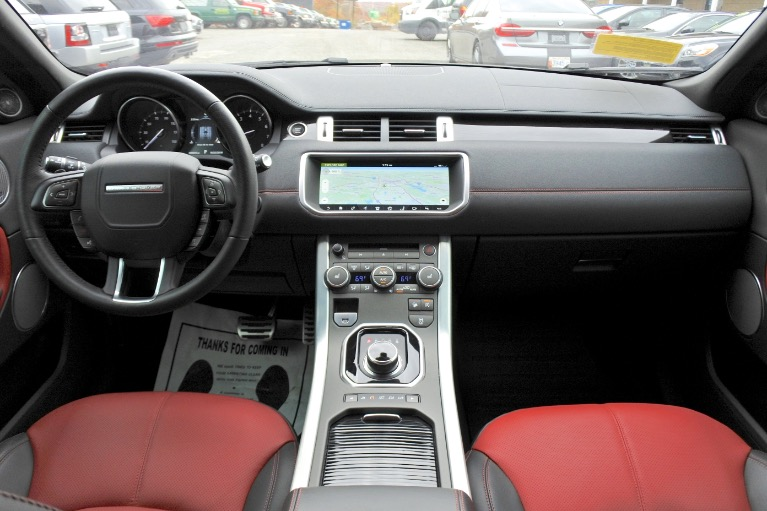 Used 2017 Land Rover Range Rover Evoque HSE Dynamic Used 2017 Land Rover Range Rover Evoque HSE Dynamic for sale  at Metro West Motorcars LLC in Shrewsbury MA 9