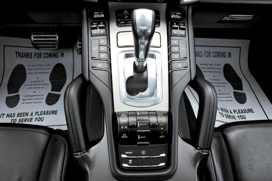 Used 2014 Porsche Cayenne Turbo AWD Used 2014 Porsche Cayenne Turbo AWD for sale  at Metro West Motorcars LLC in Shrewsbury MA 12