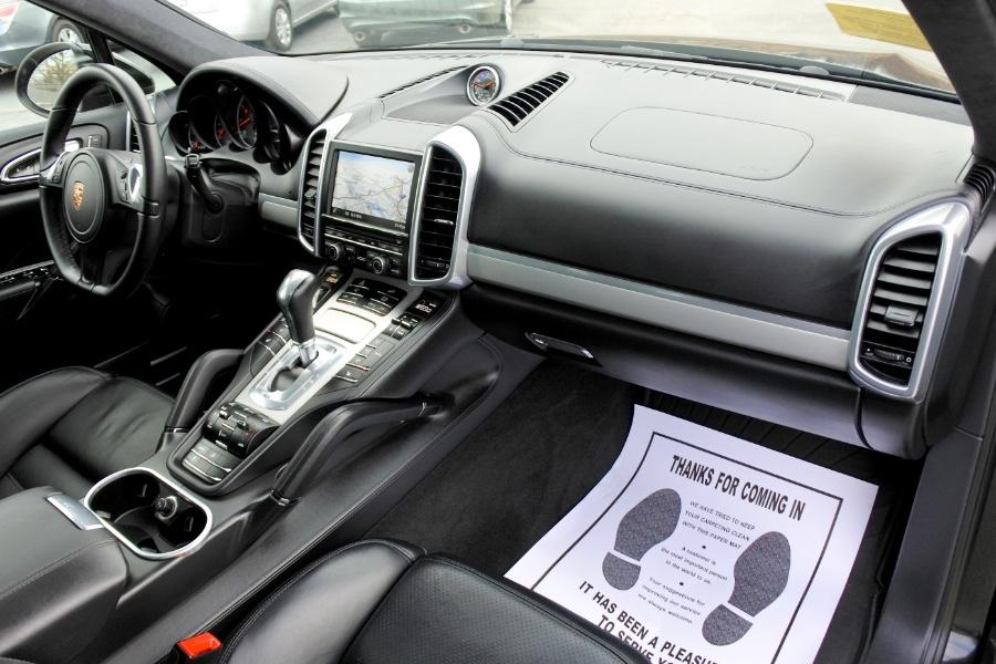 Used 2014 Porsche Cayenne Turbo AWD Used 2014 Porsche Cayenne Turbo AWD for sale  at Metro West Motorcars LLC in Shrewsbury MA 20