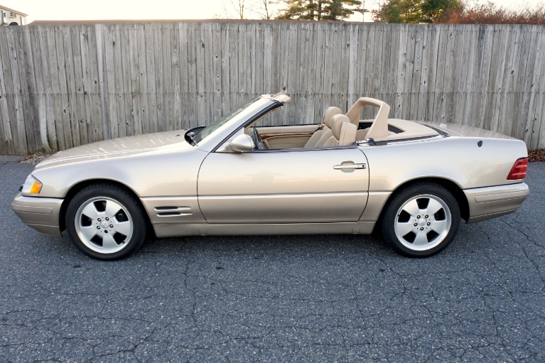 Used 2000 Mercedes-Benz Sl-class 2dr Roadster 5.0L Used 2000 Mercedes-Benz Sl-class 2dr Roadster 5.0L for sale  at Metro West Motorcars LLC in Shrewsbury MA 3