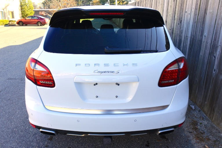Used 2014 Porsche Cayenne S AWD Used 2014 Porsche Cayenne S AWD for sale  at Metro West Motorcars LLC in Shrewsbury MA 4