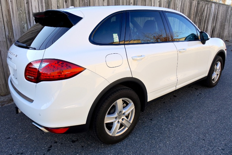 Used 2014 Porsche Cayenne S AWD Used 2014 Porsche Cayenne S AWD for sale  at Metro West Motorcars LLC in Shrewsbury MA 5