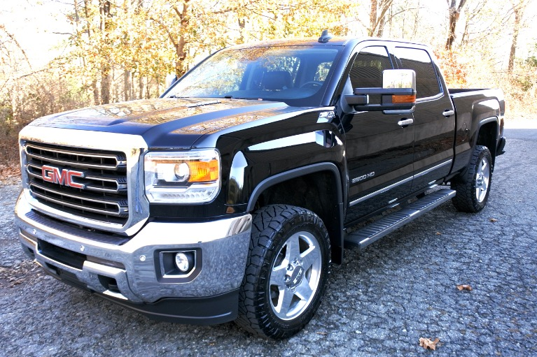 Used Used 2015 GMC Sierra 2500hd 4WD Crew Cab 153.7' SLT for sale $37,800 at Metro West Motorcars LLC in Shrewsbury MA