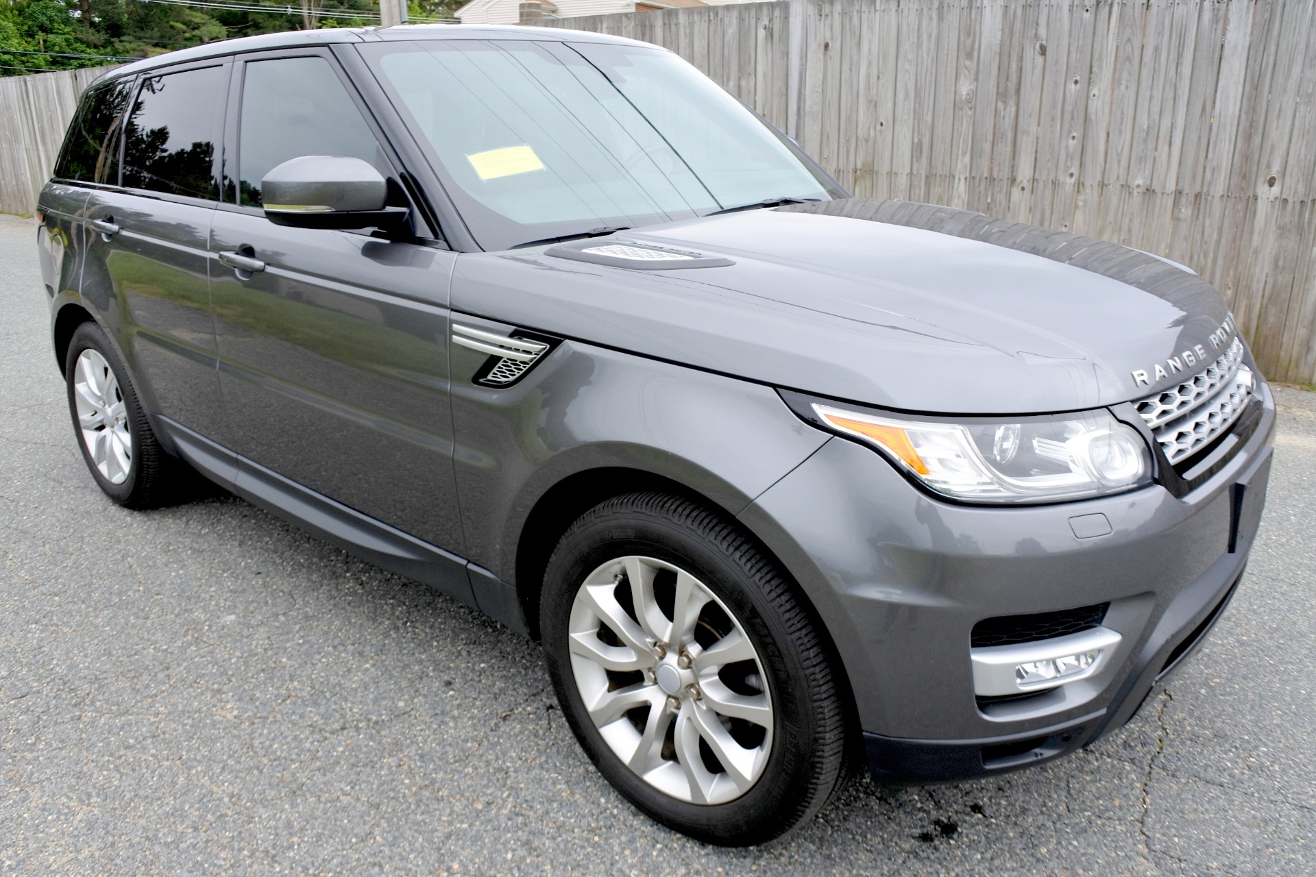 Used 2015 Land Rover Range Rover Sport HSE Used 2015 Land Rover Range Rover Sport HSE for sale  at Metro West Motorcars LLC in Shrewsbury MA 7