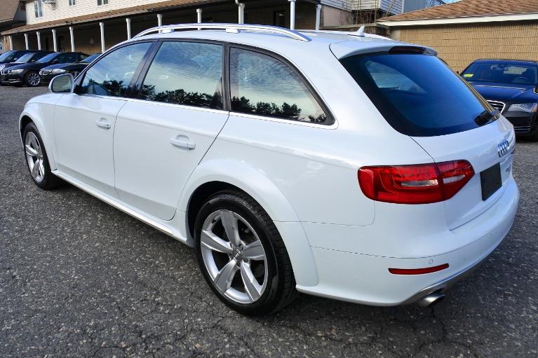 Used 2013 Audi Allroad Premium  Plus Quattro Used 2013 Audi Allroad Premium  Plus Quattro for sale  at Metro West Motorcars LLC in Shrewsbury MA 3