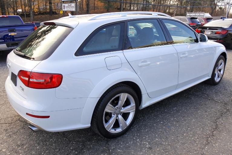 Used 2013 Audi Allroad Premium  Plus Quattro Used 2013 Audi Allroad Premium  Plus Quattro for sale  at Metro West Motorcars LLC in Shrewsbury MA 5