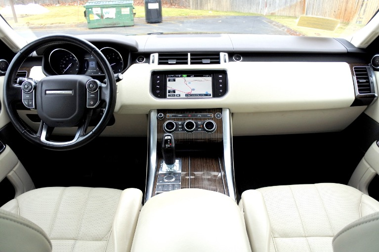 Used 2016 Land Rover Range Rover Sport HSE Used 2016 Land Rover Range Rover Sport HSE for sale  at Metro West Motorcars LLC in Shrewsbury MA 9